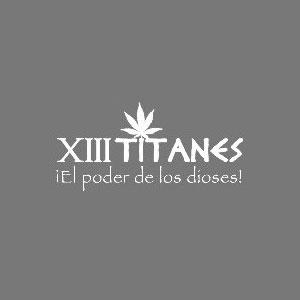 XIII TITANES